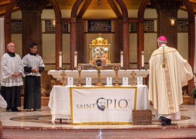 Fr Pio Relices_101